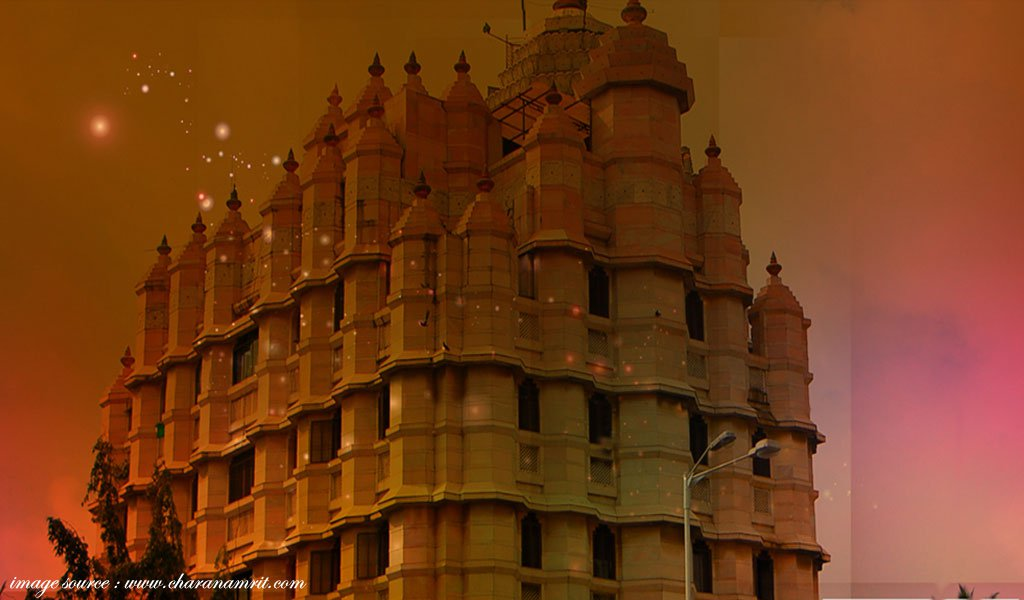 famous hindu religious places in india : Shree-Siddhivinayak-Temple