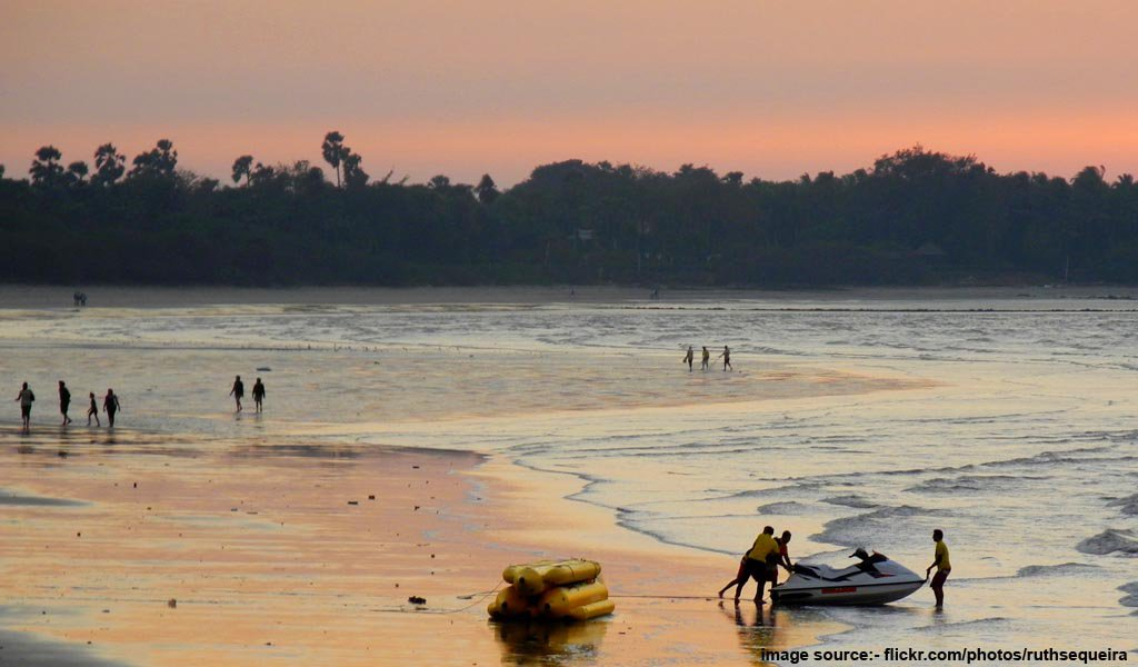 Top 7 Beaches on Maharashtra Konkan Coast : Alibaug Beach