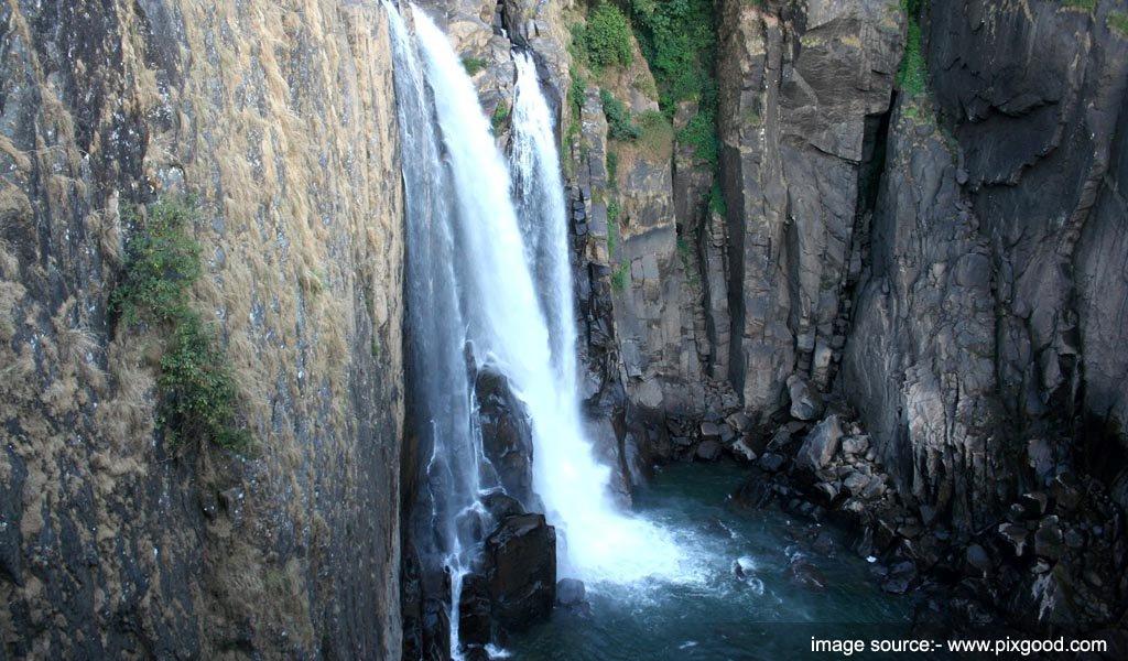 Langshiang Falls, Meghalaya : tallest waterfalls in India