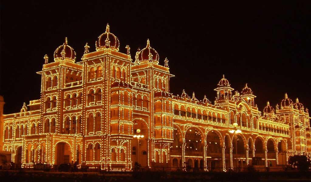 10 Thrilling Places Near Bangalore : Mysore