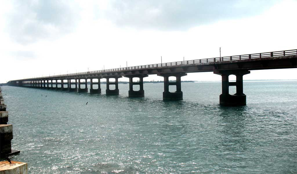 Road trips in India : Pamban to Tamil Nadu via Pamban Bridge