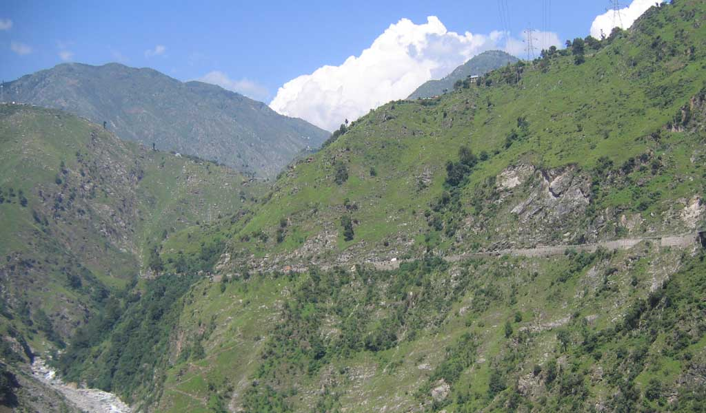 Top 10 Hill Stations In North India : Patnitop, Kashmir
