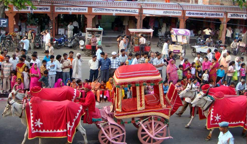 shopping places in jaipur : Tripolia Bazaar