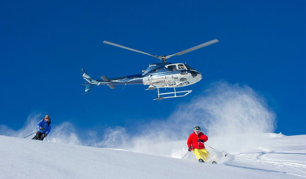 Heli Skiing in India : Heli-Skiing in Gulmarg