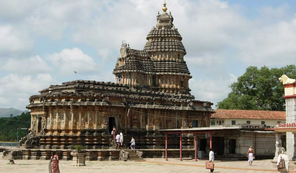 Famous Pilgrimage Places in South India : Sringeri Temple