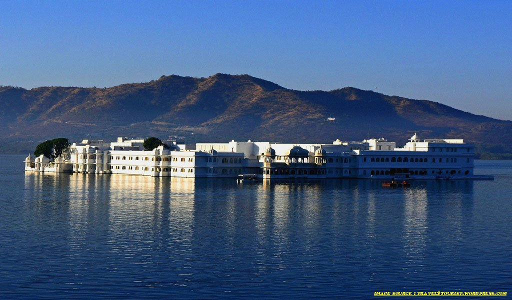Top 10 Amazing Places In India